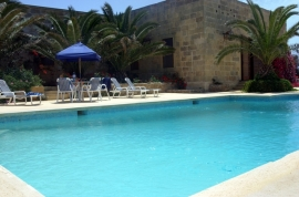 GHANNEJ holiday villa swimming pool area