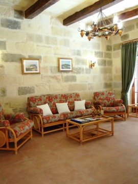 GIDI holiday house sitting room
