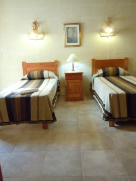 DUN NASTAS holiday house twin bedroom