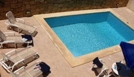 MARGIA holiday house pool measuring 7 meters by 3 meters